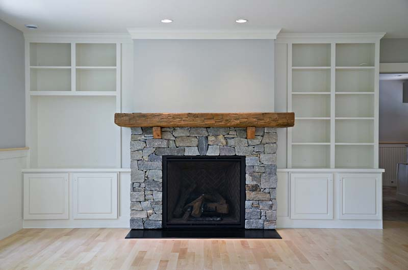 Greg Fitzpatrick Inc - Custom Home Builder - Fireplace and Built-ins