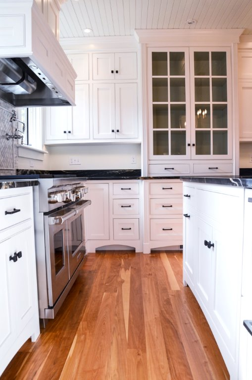 Greg Fitzpatrick Inc - Saltwater Farmhouse - Kitchen Detail